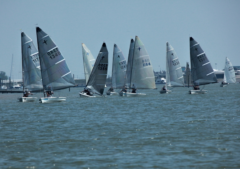 Close-Racing-at-Creeksea